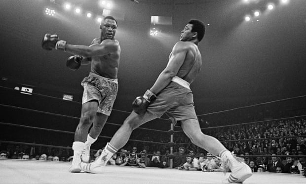 Muhammad-Ali-v-Joe-Frazie-012